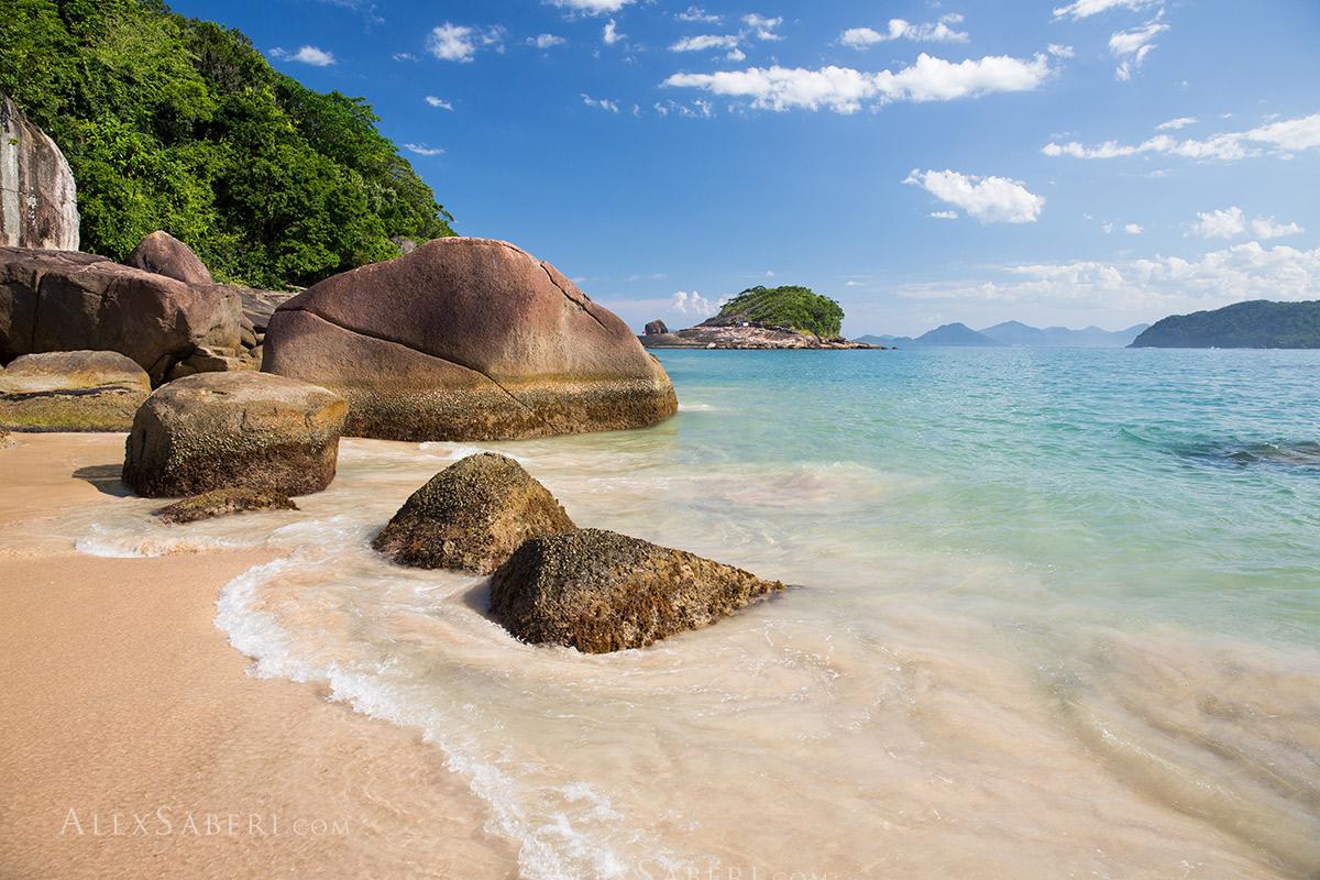 Prumirim island beach in Ubatuba